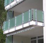 Die hohe Belastbarkeit der Kunststoffe macht sie zum idealen Material für den Außenbereich. Kunststoffverarbeitung bei Carl Thoams in Köln.