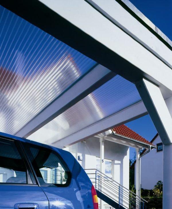 Dächer + Verglasungen aus Plexiglas® Makrolon®. Kunststoffe und Produkte für den Sommer